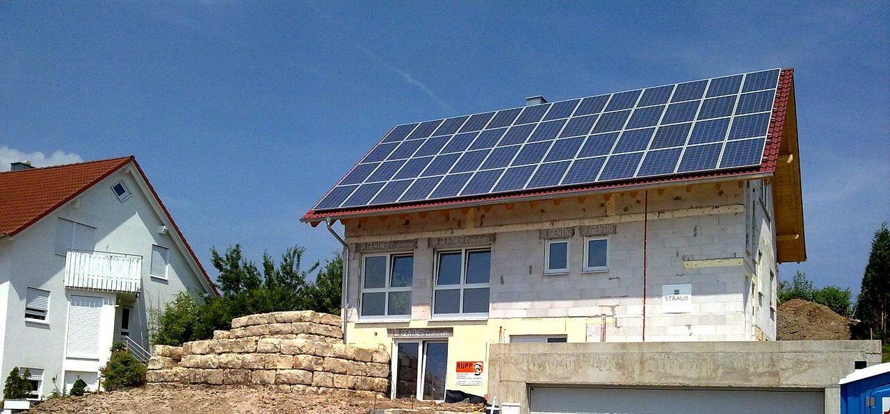 Solar-Panel-Genus-1280x596.jpg